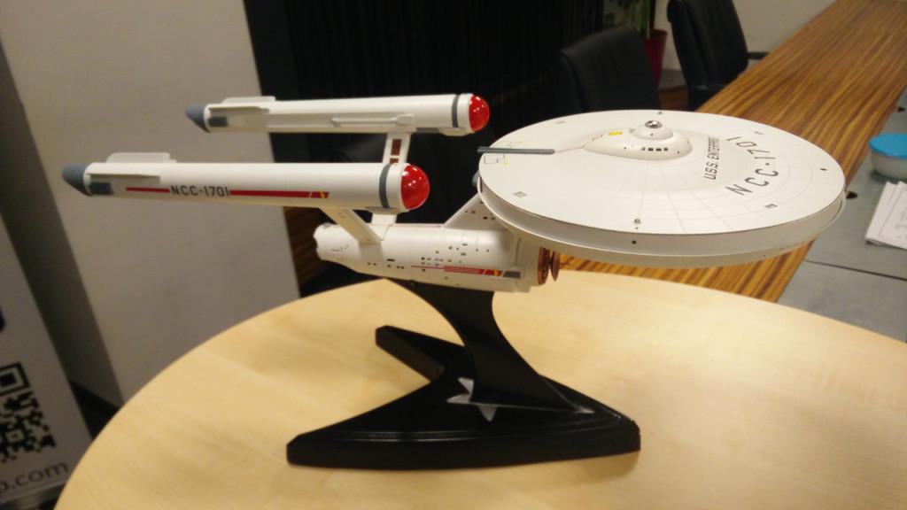 The Star Trek USS Entepreise WiFi Router